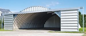 Lekkie samonośne hangary łukowe (arch prefabricated building) z alucynku - hangar lotniczy TG Hangars w aeroklubie na lotnisku EPBA (Bielsko-Biała).