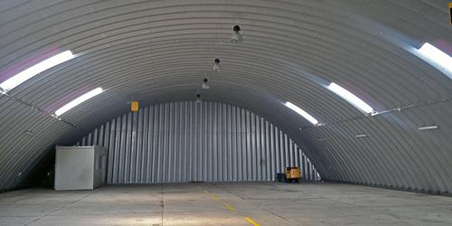 Technika hangarów - lekki hangar łukowy TG Hangars - bez ocieplenia