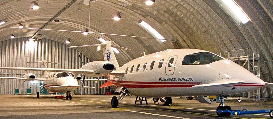prefabrykowany-stalowy-hangar-lukowy-tg-hangars-air-medical-rescue-WAW