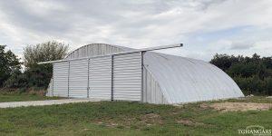 Lekkie samonośne lotnicze hangary łukowe (arch prefabricated building) - prywatny lekki hangar łukowy TG Hangars dla General Aviation na lotnisku EPPR (Aeroklub Gdański w Pruszczu Gdańskim)
